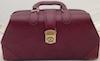 S25214-CLR Specialist Bag Burgundy